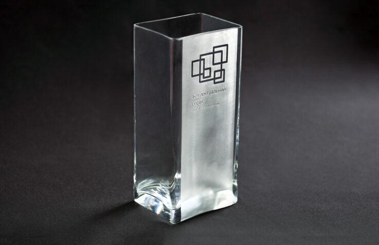 Пескоструйное матирование на стеклянных сувенирах