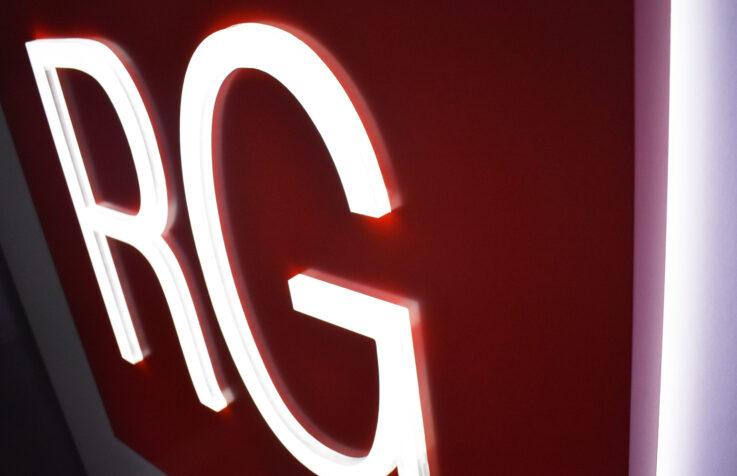 Интерьерные логотипы рекламной группы Регион